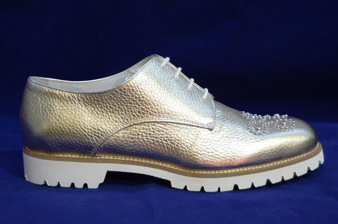68a9ac94d Интернет магазин обуви Италии и женских сумок и шапок Италии новости